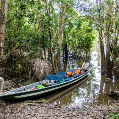 CUYABENO JUNGLE TOUR Surroundings - Canoe arrival - Ecuador & Galapagos Tours