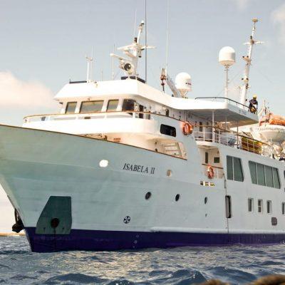 ISABELA II 1 - Ecuador & Galapagos Tours