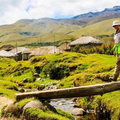 PINAN HIKE PROGRAM 1 - Ecuador & Galapagos Tours