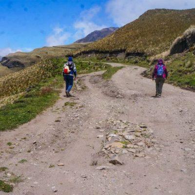 PINAN HIKE PROGRAM 3 - Ecuador & Galapagos Tours