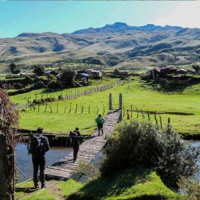 PINAN HIKE PROGRAM 5 - Ecuador & Galapagos Tours