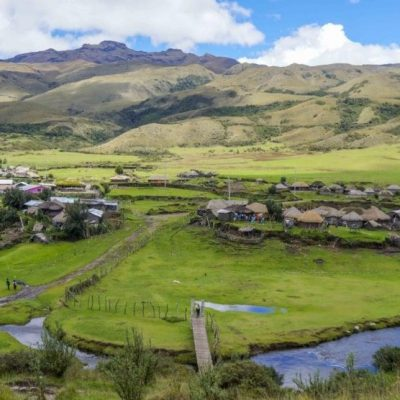 PINAN HIKE PROGRAM 7 - Ecuador & Galapagos Tours