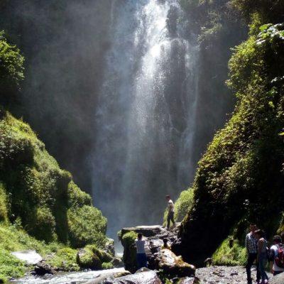 ROUND TRIP 3 - Ecuador & Galapagos Tours
