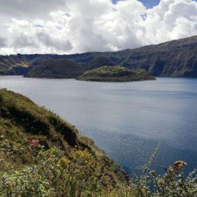 ROUND TRIP 4 - Ecuador & Galapagos Tours
