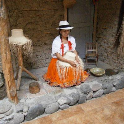 ROUND TRIP 46 - Ecuador & Galapagos Tours