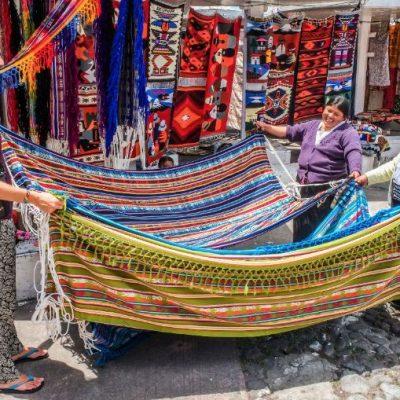 ROUND TRIP 5 - Ecuador & Galapagos Tours